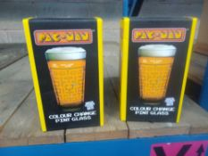 1 LOT TO CONTAIN 2 X PACMAN COLOUR CHANGE PINT GLASSES. BOXED