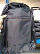 1 LOT TO CONTAIN 8 X BLACK STAPLES LAPTOP BAGS