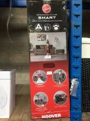 """1 LOT TO CONTAIN 1 X HOOVER """"SMART """" VACUUM CLEANER - BOXED"""