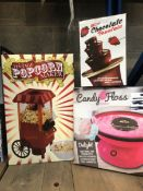 3 X FOOD MAKING ITEMS INCLUDING VINTAGE POPCORN MAKER, MINI CHOCOLATE FOUNTAIN AND CANDY FLOSS