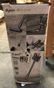 DYSON V8 ANIMAL CORDLESS VACUUM CLEANER / RRP £349.00 / UNTESTED, HEAVILY USED. BOXED