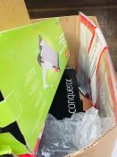 1 LOT TO CONTAIN AN ASSORTMENT OF OFFICE SUPPLIES, ITEMS TO INCLUDE: COLOURED MARKERS, CONQUEROR