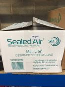 1 LOT TO CONTAIN A BOX OF SEALED AIR BUBBLE LINED POSTAL BAGS - L2