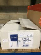 1 LOT TO CONTAIN A BOX OF C4 POCKET MANILLA SELF SEAL ENVELOPES - L3