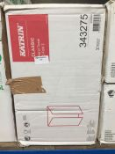 1 LOT TO CONTAIN A BOX OF KATRIN CLASSIC HAND TOWELS C-FOLD 2 - L3