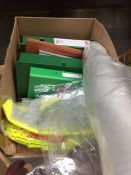 1 LOT TO CONTAIN AN ASSORTMENT OF OFFICE PRODUCTS - ITEMS TO INCLUDE NOTEPADS, OXFORD MATHEMATICS