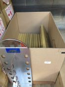 1 LOT TO CONTAIN A BOX OF 15 X SUNGLASSES DISPLAY STANDS - L3