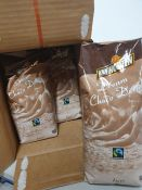 ONE LOT TO CONTAIN ONE BOX OF VAN HOUTEN DREAM HOT CHOCOLATE. 10 PACKS PER BOX, 1KG PER PACK. BEST