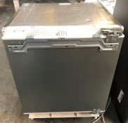 SIEMENS KU15RAFF0G INTEGRATED UNDER COUNTER LARDER FRIDGE