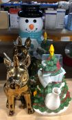 1 X ASSORTMENT OF CHRISTMAS THEMED GOODS / INCLUDES, CRIMBO PIGS, TEA POTS AND WATER DISPENSER (