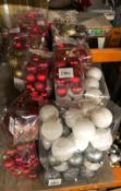 1 X LARGE ASSORTMENT OF CHRISTMAS BAUBLES / COMBINED RRP £120.00 / LIKE NEW (IMAGES ARE FOR