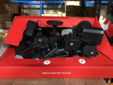 2 X BOXES OF DISPLAY LIGHTS/PROJECTORS