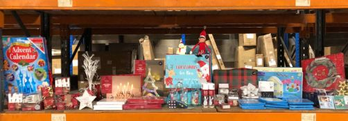 1 X VERY LARGE ASSORTMENT OF CHRISTMAS GOODS / INCLUDING BAUBLES, CRIMBO CARDS, LIGHTS AND MORE