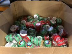 1 X BOX FILLED WITH CHRISTMAS THEMED YOYOS / AS NEW