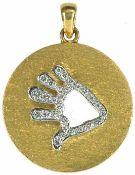 Ketten Extravaganter Kettenanhänger in Form einer diamantbesetzten Hand mit durchbrochener