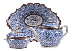 Three items of Chamberlain's Worcester 'Royal Lily' pattern porcelain