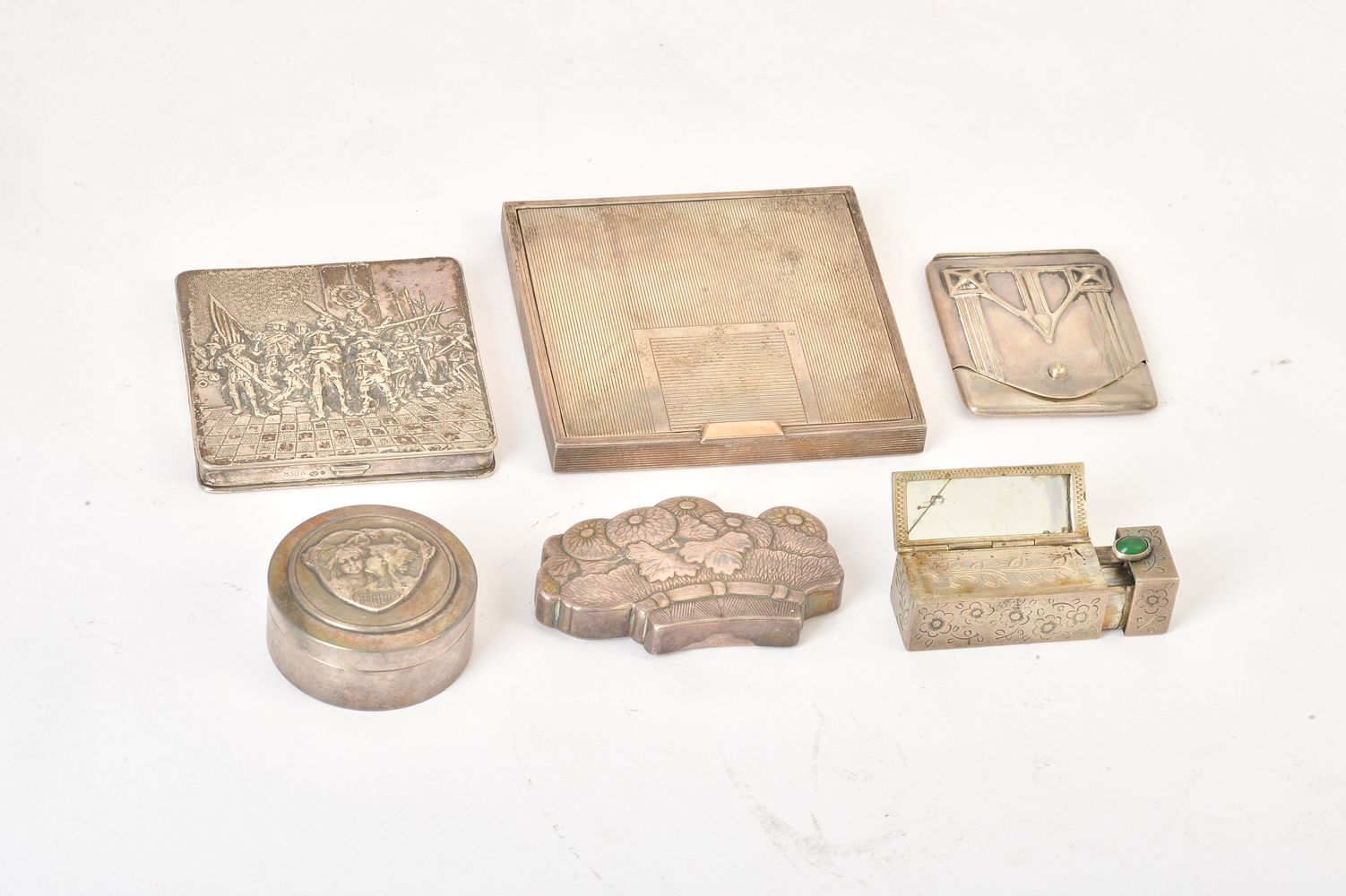 Lot 698 - Six silver and silver coloured boxes and cases