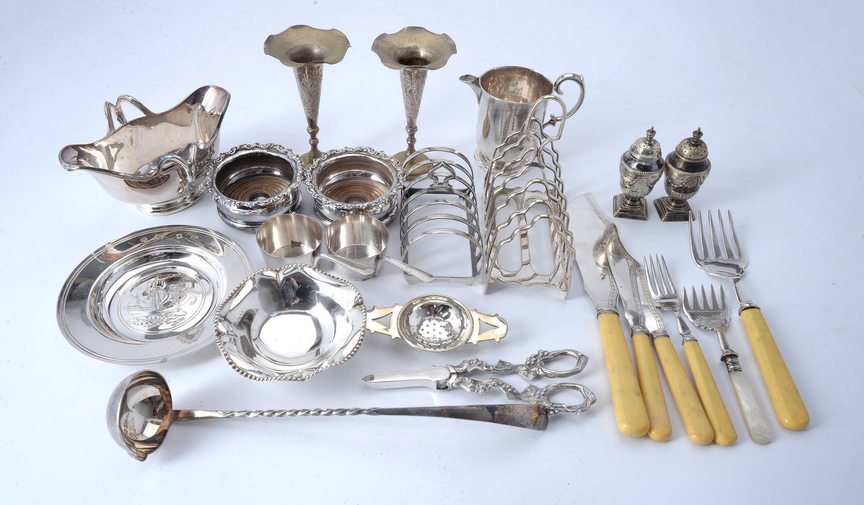 Lot 674 - Four silver items and various plated wares