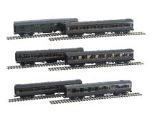 A rake of 10mm scale gauge 1 Southern Railway Maunsell coaches