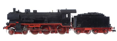 A 10mm scale gauge 1 Märklin model of a DB Prussian 4-6-0 P8 tender locomotive