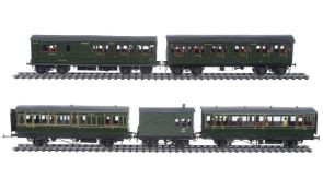 A rake of 10mm scale gauge 1 Southern Railway Isle of Wight Stock