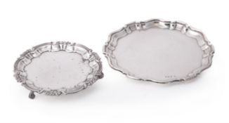 An Edwardian silver shaped circular salver by Isadore Leapman