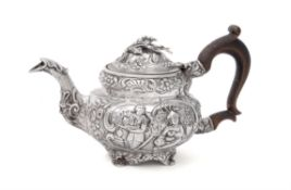 A late George III silver small tea pot by William Bennett