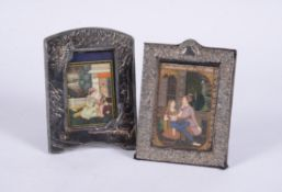 Y Indian School, Courting couple, watercolour on ivory, mounted in a silver frame