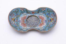 A small Chinese cloisonné enamel stand