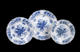 Three Worcester blue and white graduated chargers printed with the 'Pinecone' pattern