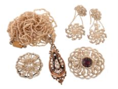 Y A collection of early 19th century seed pearl jewellery