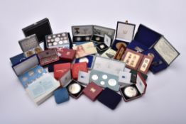 Elizabeth II, commemorative coins, sets and proofs