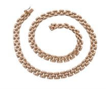 A 9 carat gold brick link necklace
