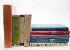 Ɵ Art and antiques reference books