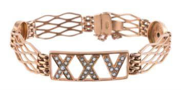 An American 1920s aquamarine bracelet