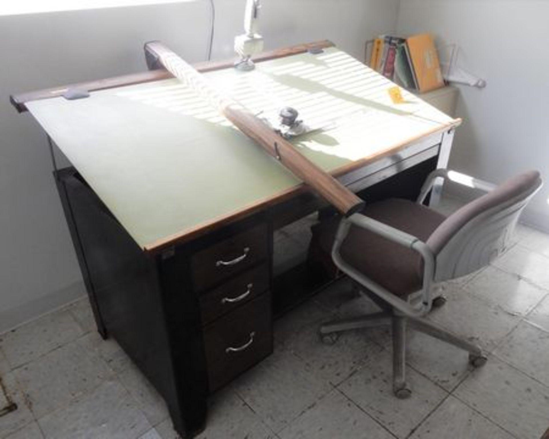 Lot 182 - DRAFTING TABLE