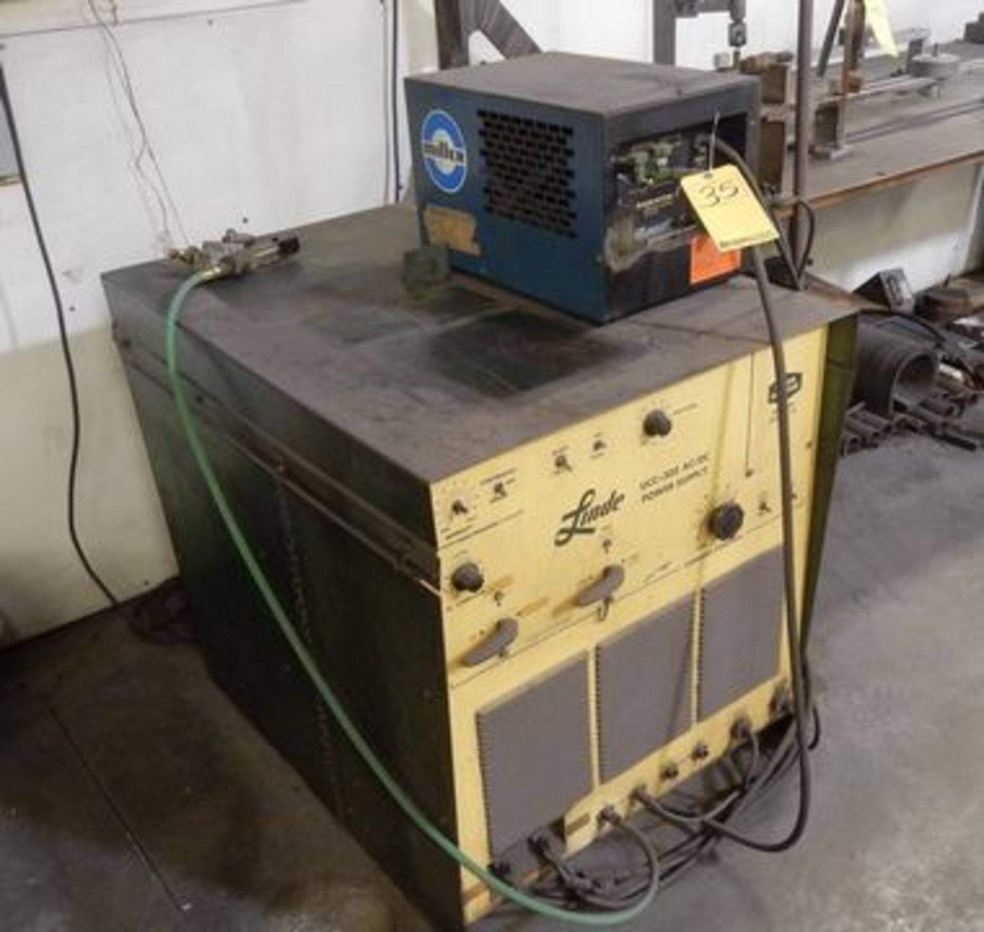 Lot 35 - LINDE WELDER, M# UCC-305, MILLER CHILLER
