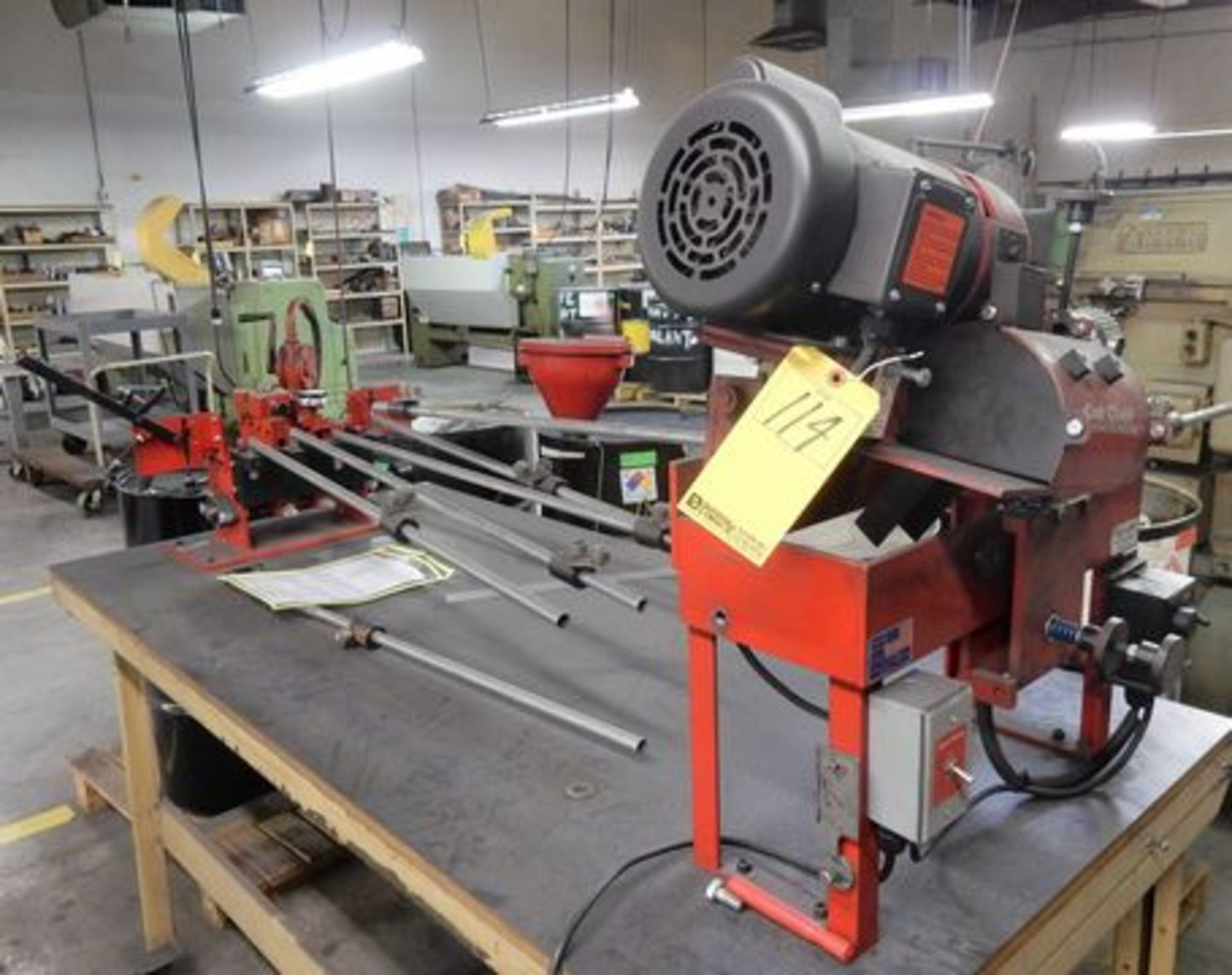 Lot 114 - COOKS M# CATCLAW AUTOMATIC BLADE SHARPENER
