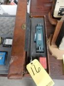 PACKING GAUGE WITH CASE
