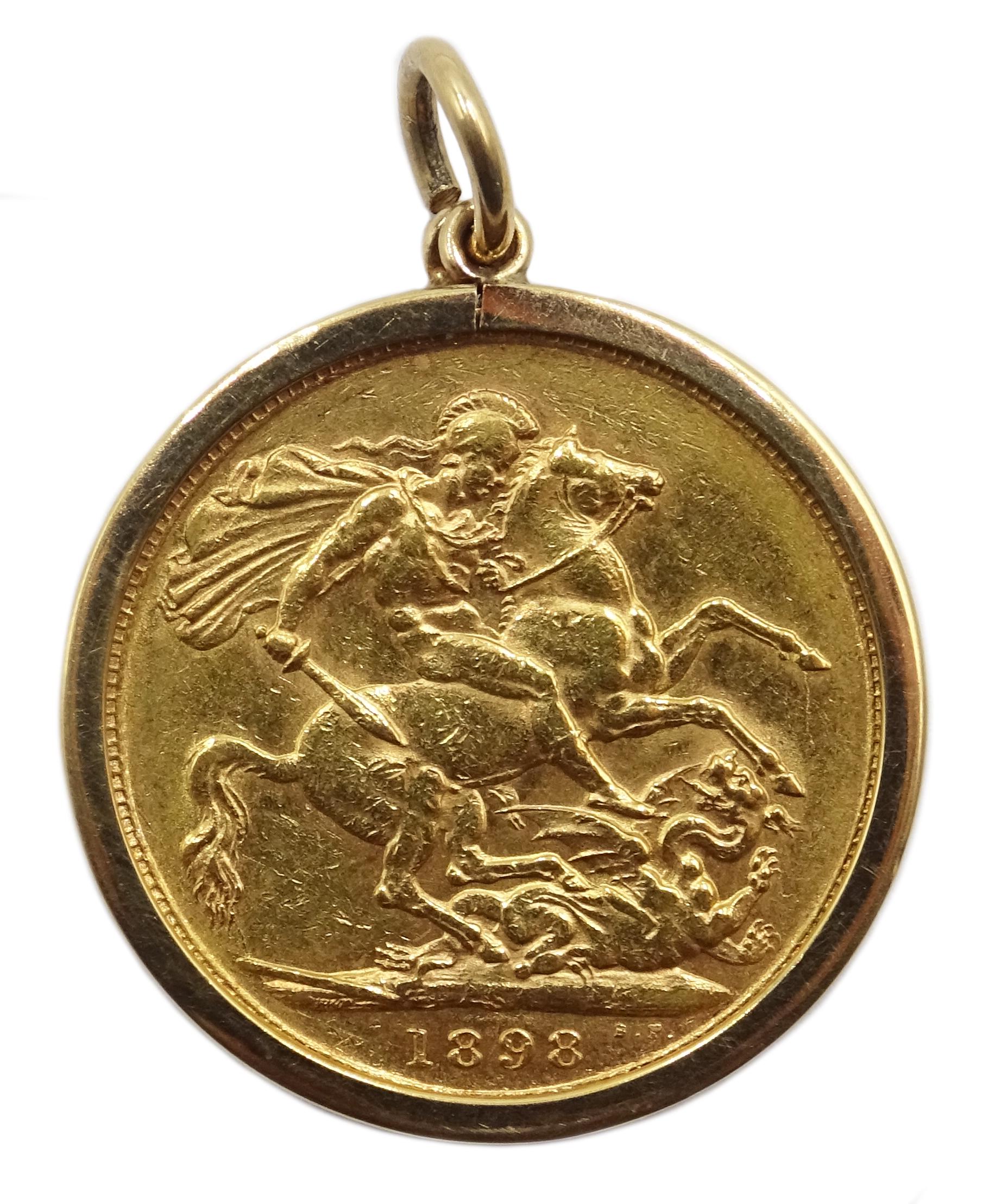 Lot 1036 - 1898 gold full sovereign Sydney mint mark,