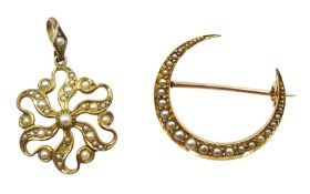 Edwardian 17ct gold split seed pearl crecent brooch, retailed by The Goldsmiths & Silversmiths Compa