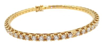 18ct rose gold round brilliant cut diamond hinged bangle, stamped 750, diamond total weight approx 5