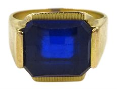 12ct gold briolette cut synthetic blue stone ring