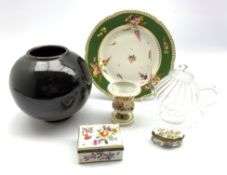 Small 19th Century Derby campana shape H10cm, vase, Italian trinket box, Samson box, studio pottery
