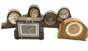 Early 20th century 'Bentimo' Art Deco mantle clock in oak veneered case, silvered chapter dial with