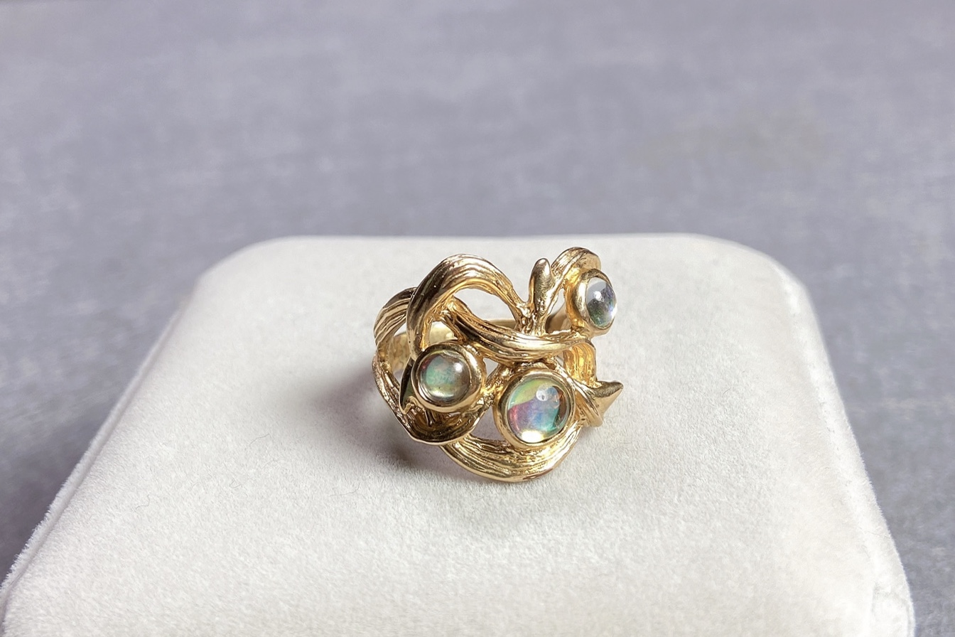 Lot 5 - Lalique Vintage Gold Ring