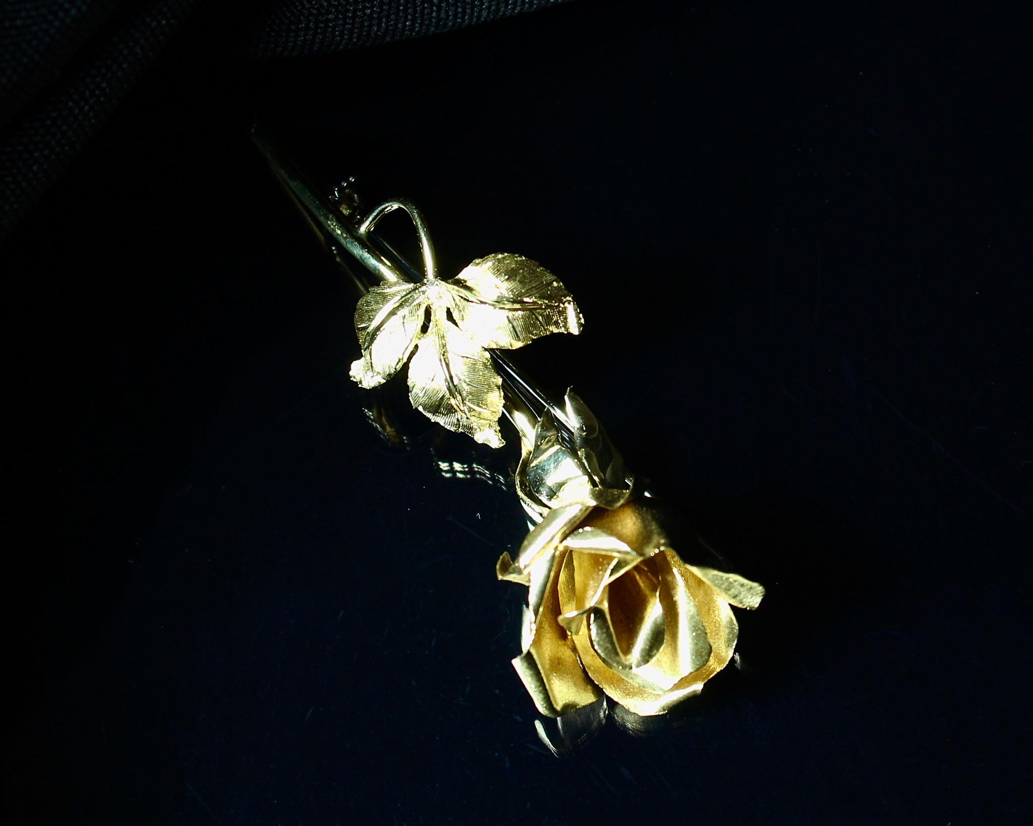 Lot 4 - Gold Rose Brooch, 1940s