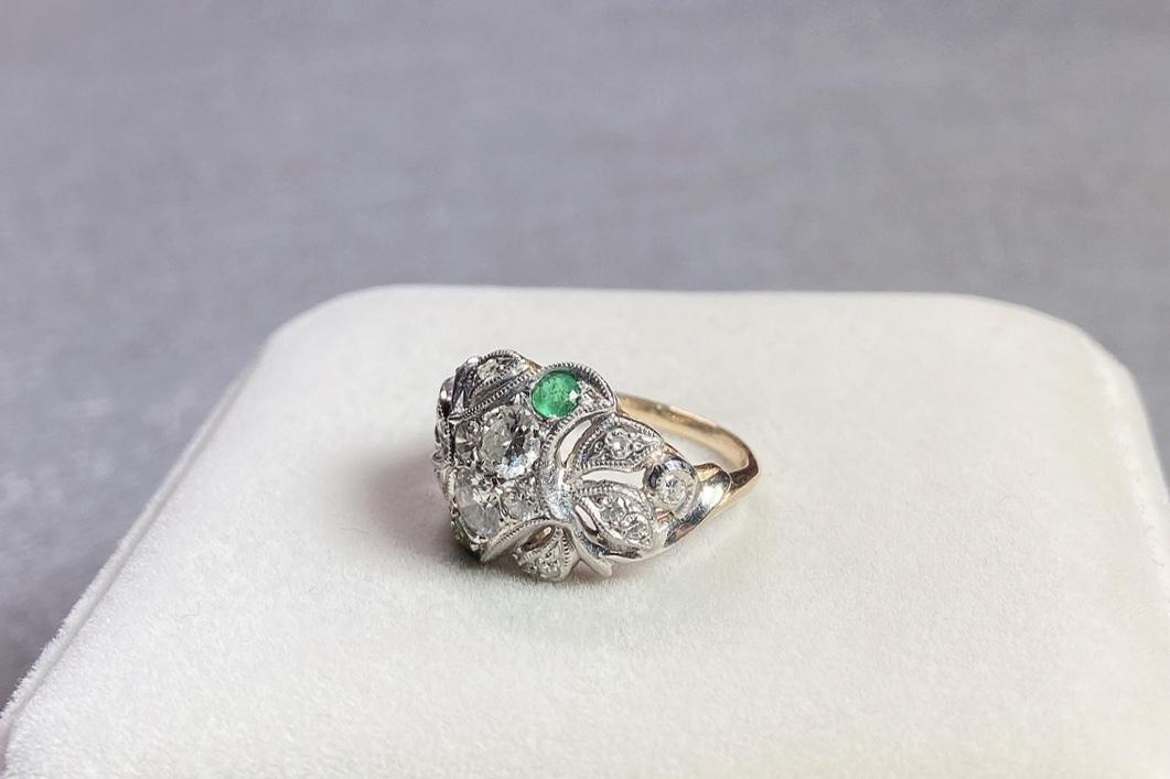 Lot 6 - Emerald and Diamond Ring