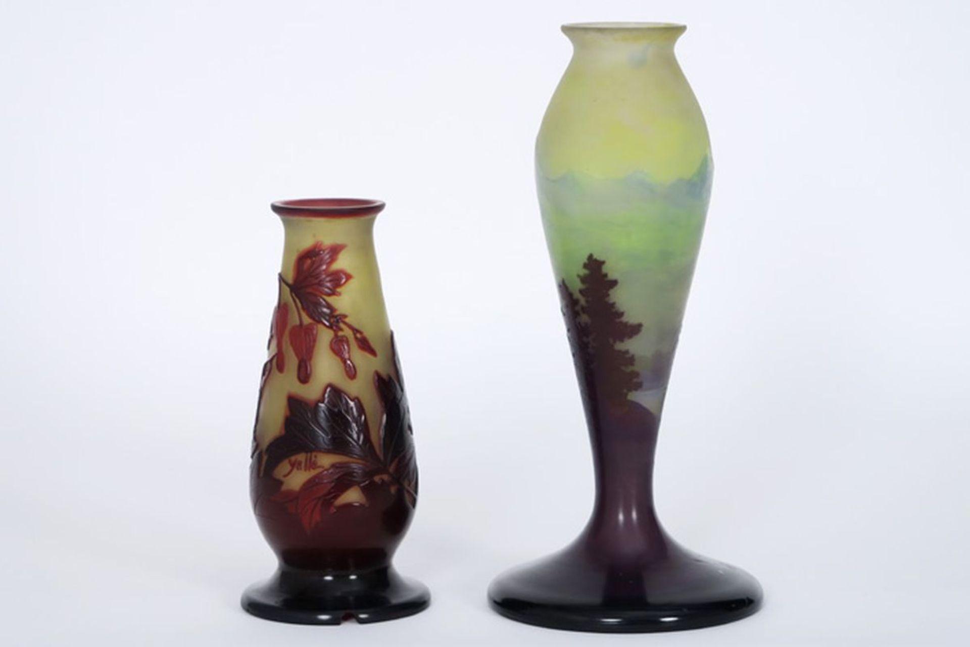 GALLÉ lot met twee Art Nouveau-vaasjes (lampevoeten) in meerlagige glaspasta, één [...] - Bild 2 aus 4