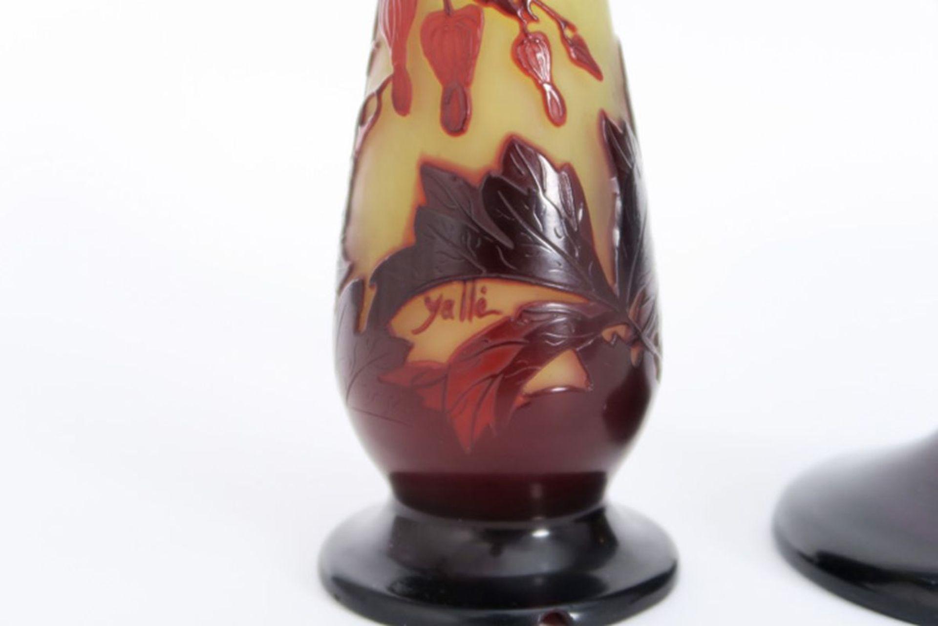 GALLÉ lot met twee Art Nouveau-vaasjes (lampevoeten) in meerlagige glaspasta, één [...] - Bild 3 aus 4